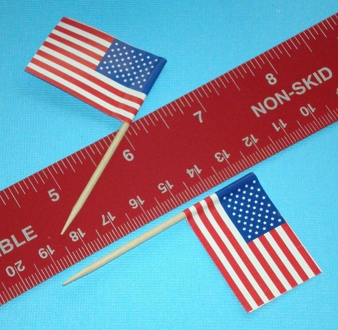 200 cupcake picks . pokes . USA flags . double value set