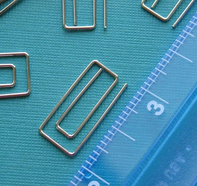 rectangle paperclips / assorted colors  / 24 pieces