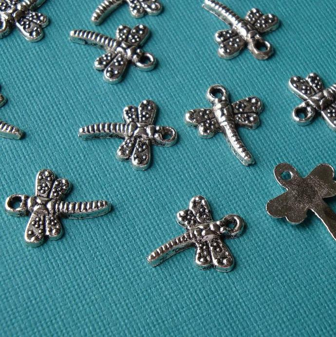 dragonfly charms / 14 pieces