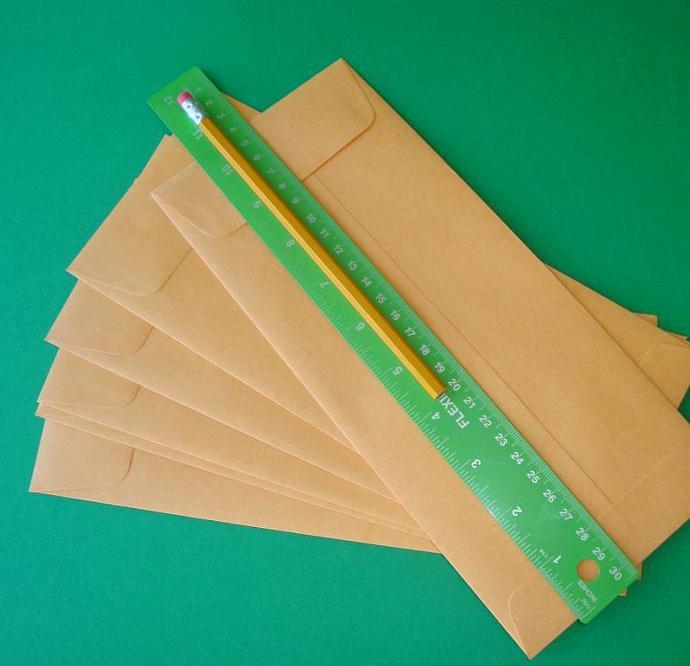 policy envelopes . 20 pieces . brown kraft . no.11