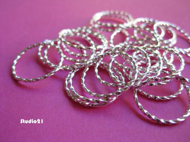 25 pcs Bright Silver Finish Round Texture Link 15mm