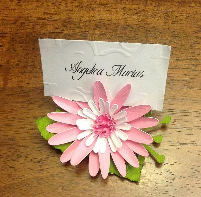 Daisy Place Cards & Holder set of 12