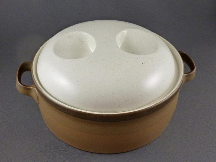 Ben Seibel Potters Art Covered Casserole Prairiedecarts