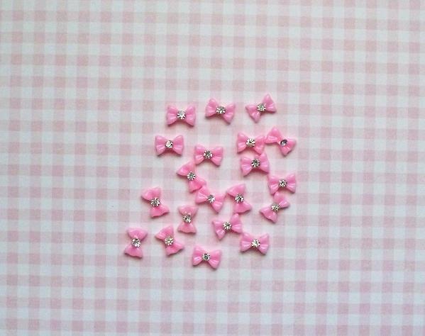 20 pcs. Pink Bow Resin Nail Art 9x6mm.