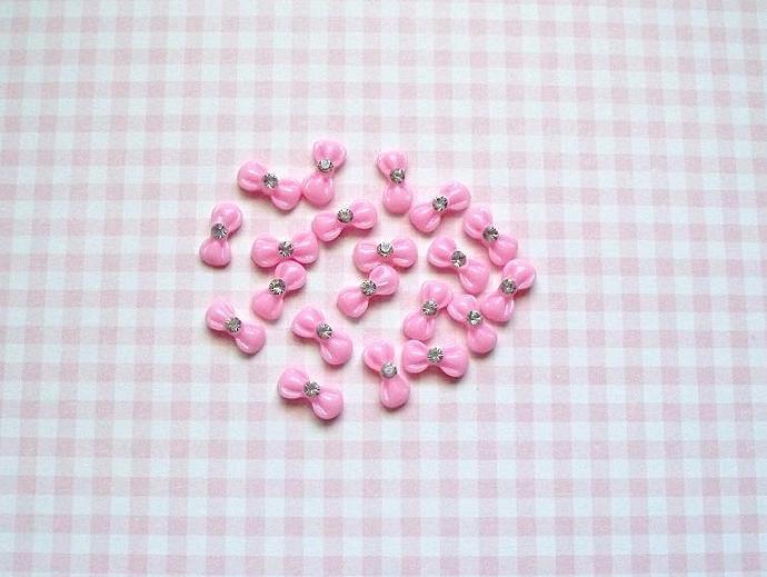 20 pcs. Pink Bow Resin Nail Art 12x6mm.