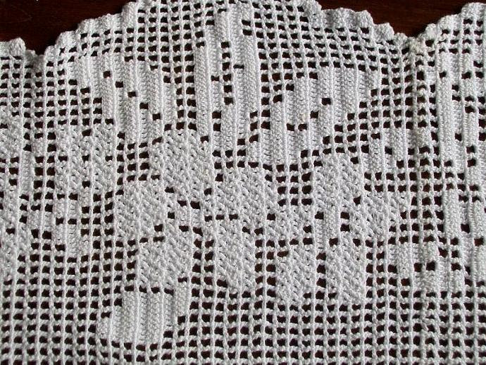 White Inspiration Portuguese Crochet Table Funnybanana