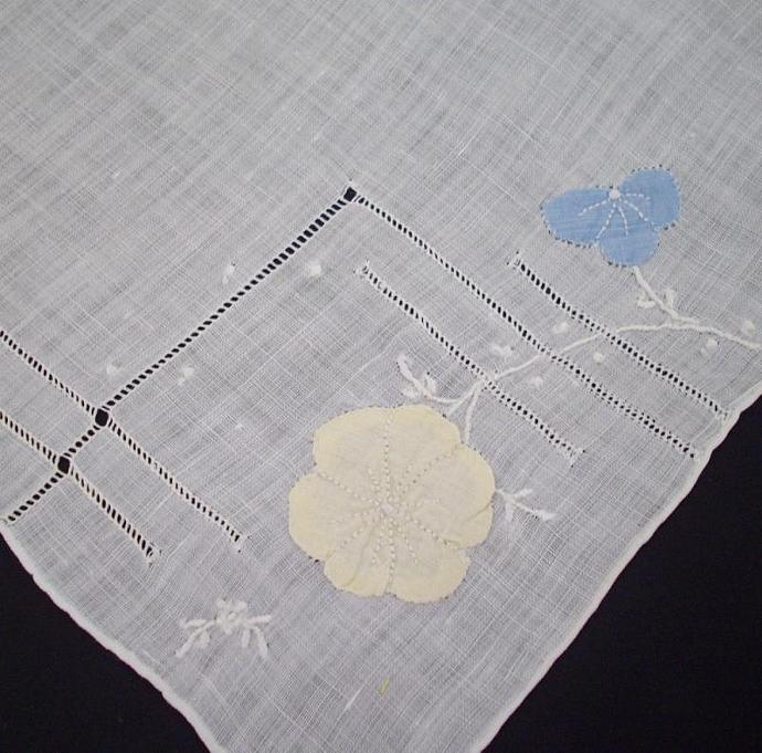 Vintage handkerchief - white with appliqued flowers blue and yellow