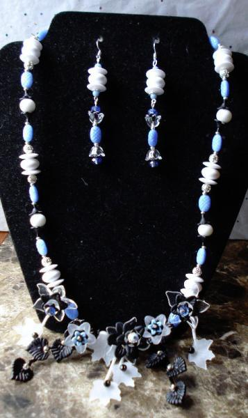 White, Black & Cornflower Blue Floral and Leaves Cascading Bib Necklace Earrings
