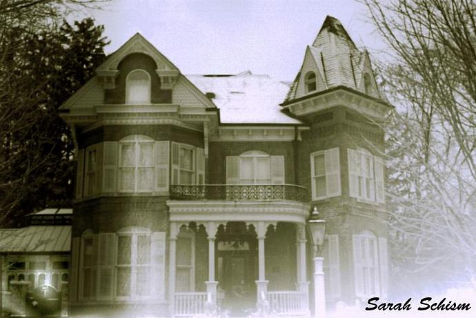 Haunted house 5 x 7