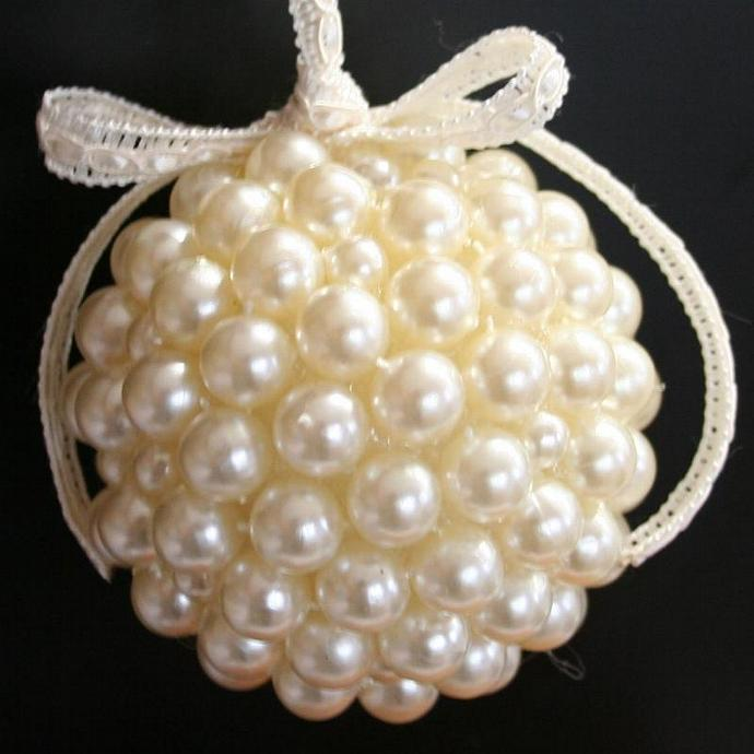 Pearl Kissing Ball