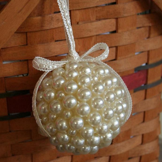 Pearl Kissing Ball