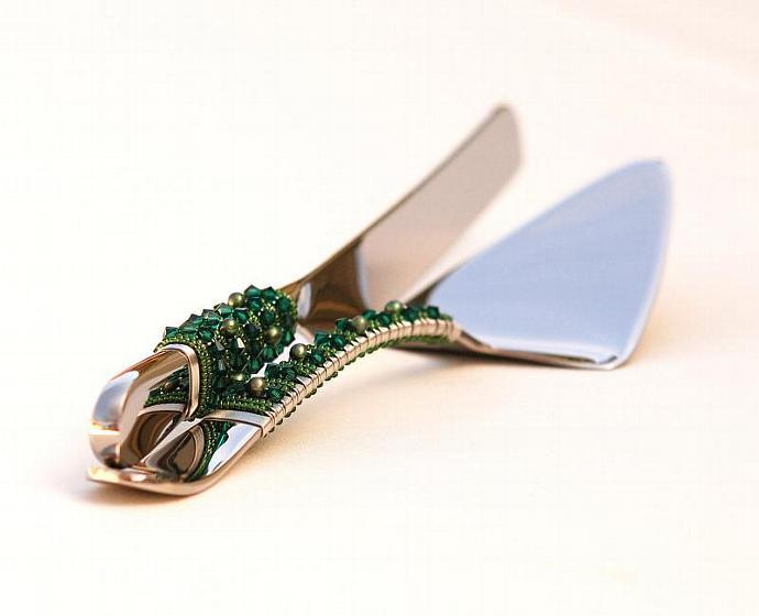 SWAROVSKI Cake Knife And Server Set - Beaded, EMERALD Green Wedding Table