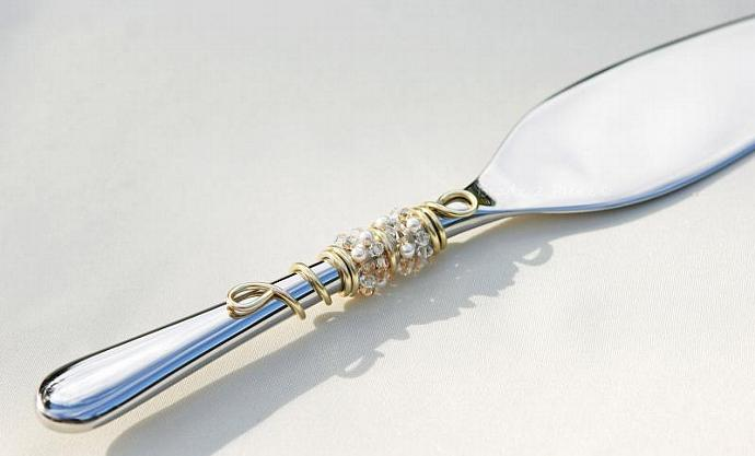 Wedding Cake Server Cake Cutting Set - SWAROVSKI Champagne Crystal Bridal Decor