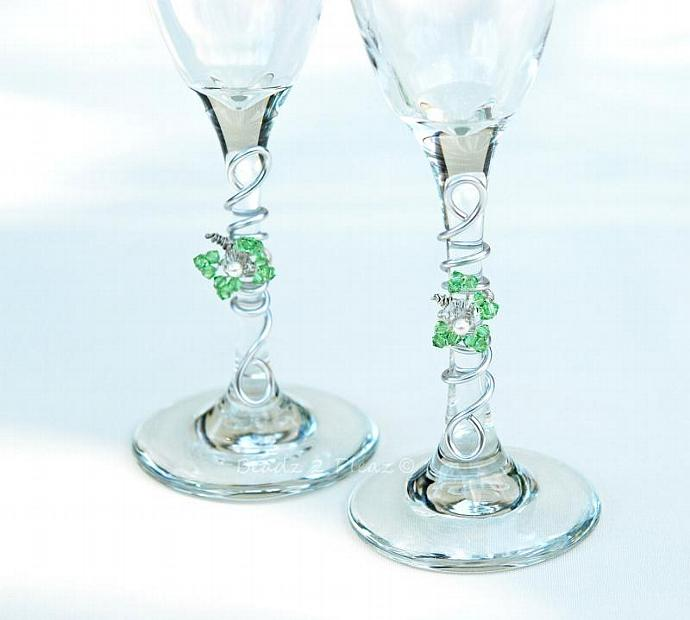 Bride Groom Champagne Flutes, CUSTOM Wedding Toasting Glasses, SWAROVSKI Crystal