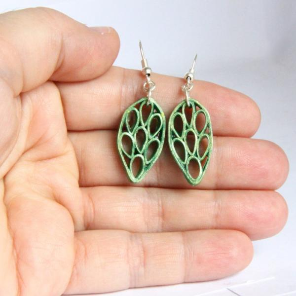 Save 75% Fall Fashion Leaf Earrings in green with metallic green edge made by