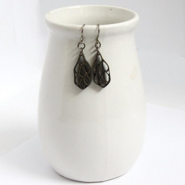 Eco Friendly Earrings Leaf in black and gold made by Paper Quilling Artisan