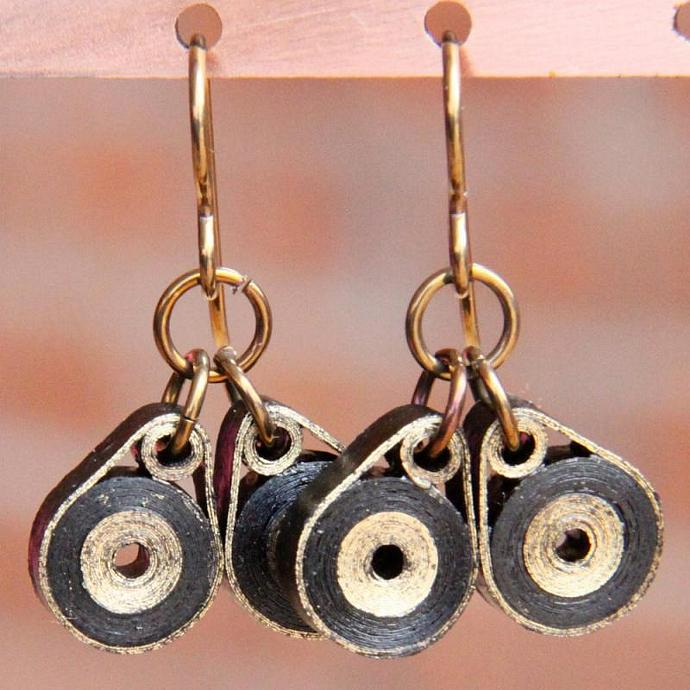 Eco Friendly Earrings Owl Eyes Niobium Earrings - Gold and Black - made by Paper