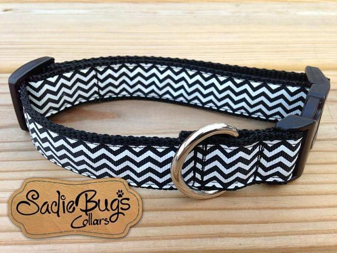 Black/White Chevron Dog Collar