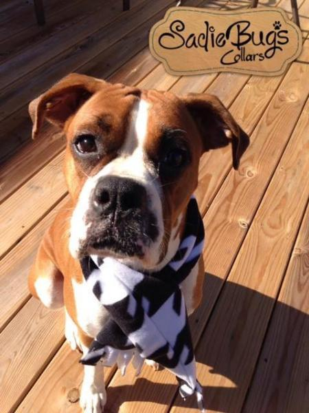 Houndstooth fleece dog scarf