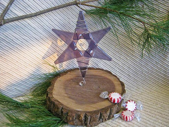 Handmade Christmas Ornament / Suncatcher - Lavender Glass Star - Squiggled