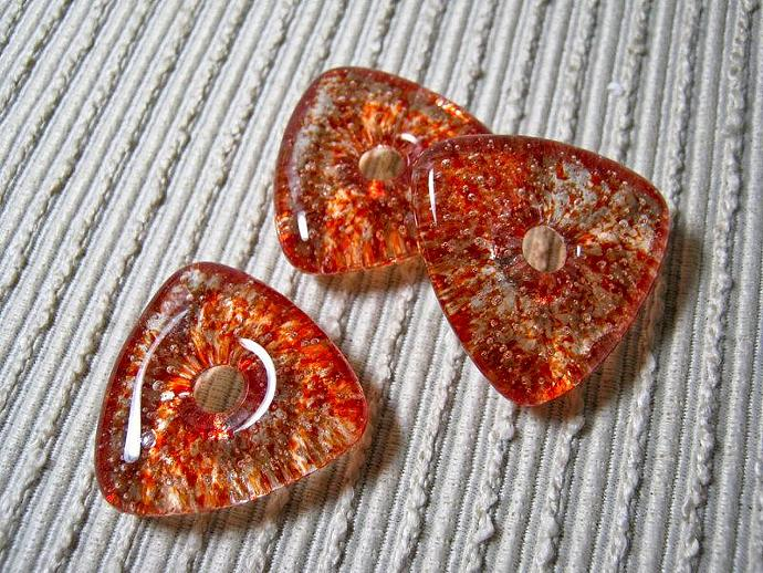 TRIANGLE Worry Bead / Kiln Cast Glass Donut / Medium Focal Bead / Cherry Red