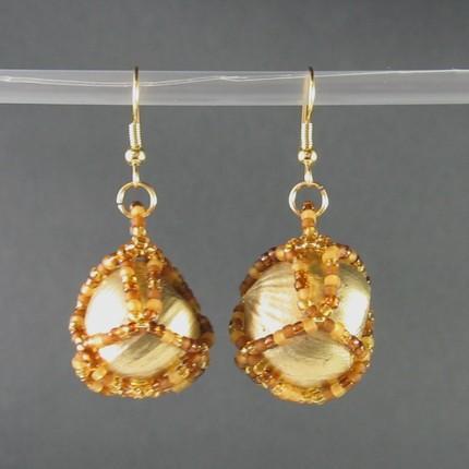 Earrings beaded hazelnuts Autumn Gold