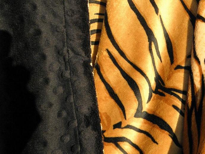 Black Tiger Animal Print   Blanket  Minky Dot Back  Cuddly Soft  Adult Size