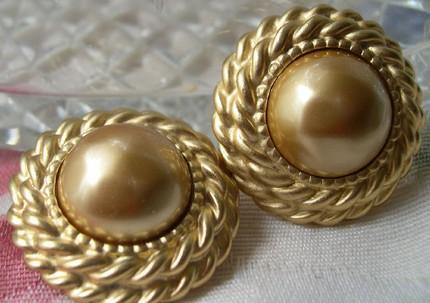 Carolee Classic Button Vintage Signed Pierced Earrings