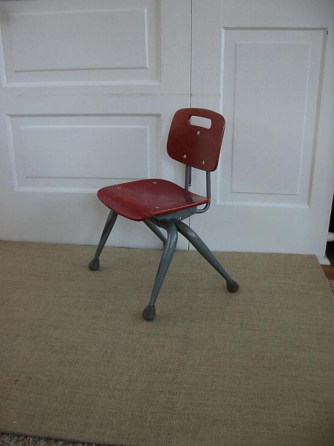 Vintage Red Wood School Children Kids Chair Mod