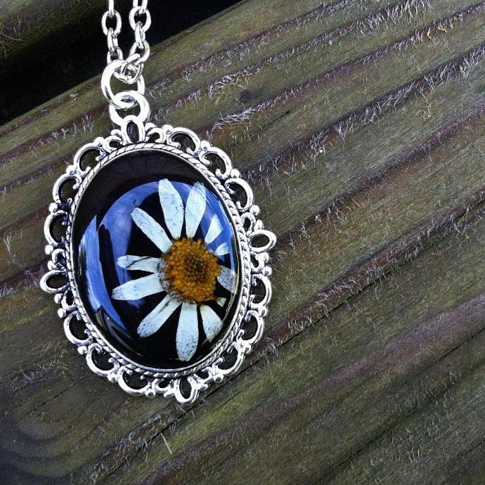 Daisy resin necklace pressed flower jewelry - nature inspired silver color