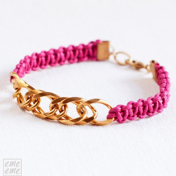 Fuchsia Knot Bracelet with golden chain - neon bracelet