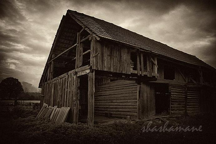 "Beauty in decay ... 7 x 5"" fine art photographic print, slovenian rustic barn"