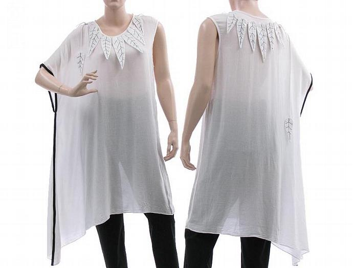 Floaty boho tunic in white with black accents - asymmetrical shape / size small,
