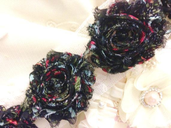 "Shabby Chiffon RED Vintage Floral Trim 2.5""- 14 Flowers"