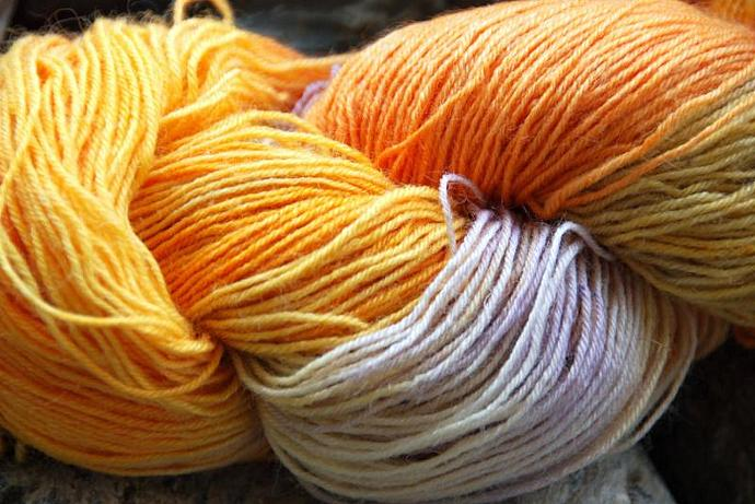 handdyed Yarn, 100g/ 3,5oz , colour 37
