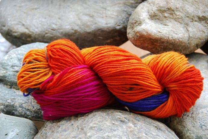 handdyed Yarn, 100g/ 3,5oz , colour 71