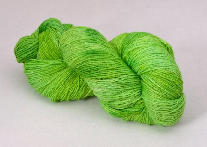handdyed sockyarn superwash - wool/nylon mixture - fingering weight - colour s