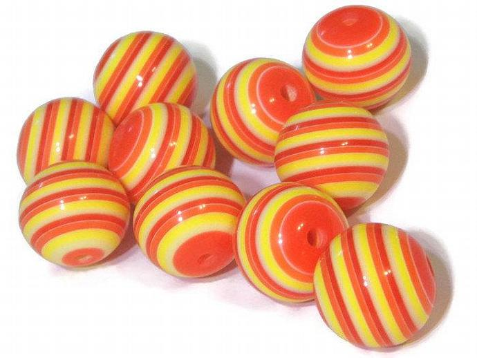 10 20mm Big Red and Orange Striped Resin Beads