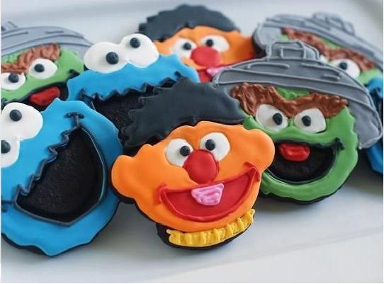 Sesame Street Fondant Sandwich Cookie Cutter Plunger Stamp Press Mold Stencil