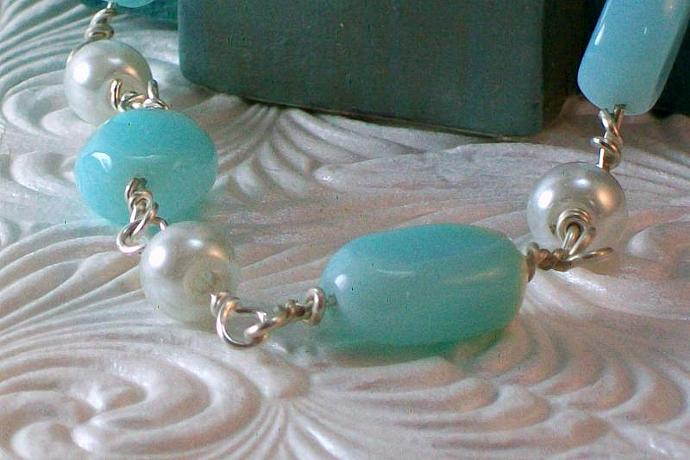 Small Blue Peruvian Opal and Pearl Bracelet
