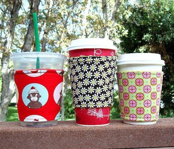 Coffee cozy / Coffee sleeve -- Gingerbread dots