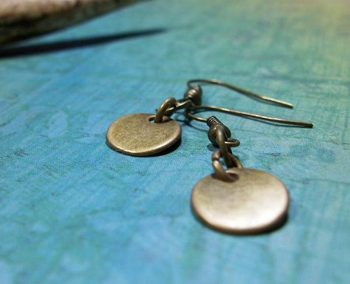 Antiqued Brass Small Circle Earrings