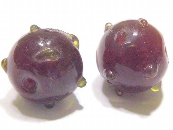2 Round Shaped Lampwork Glass Beads Red with Green Bumps