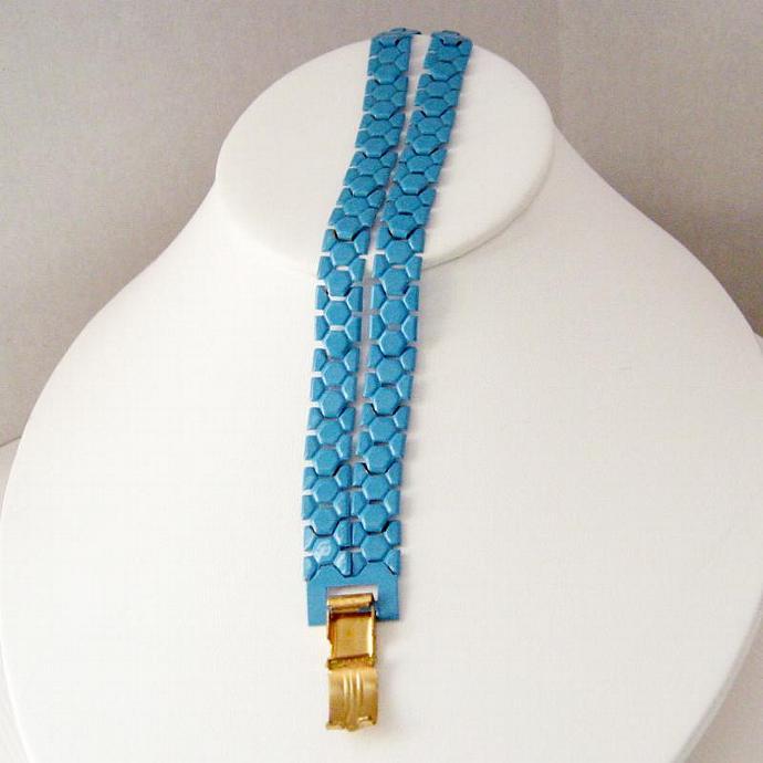 Vintage Turquoise Blue Metal Honey Comb Bracelet 6-7/8 In