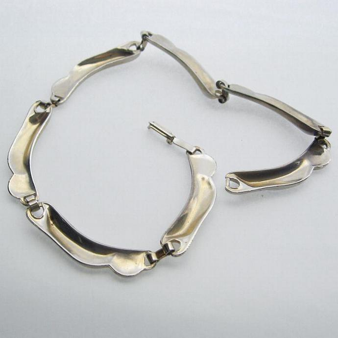 Vintage Art Deco Thick Wavy Link Silver Tone Collar Choker Necklace 40s
