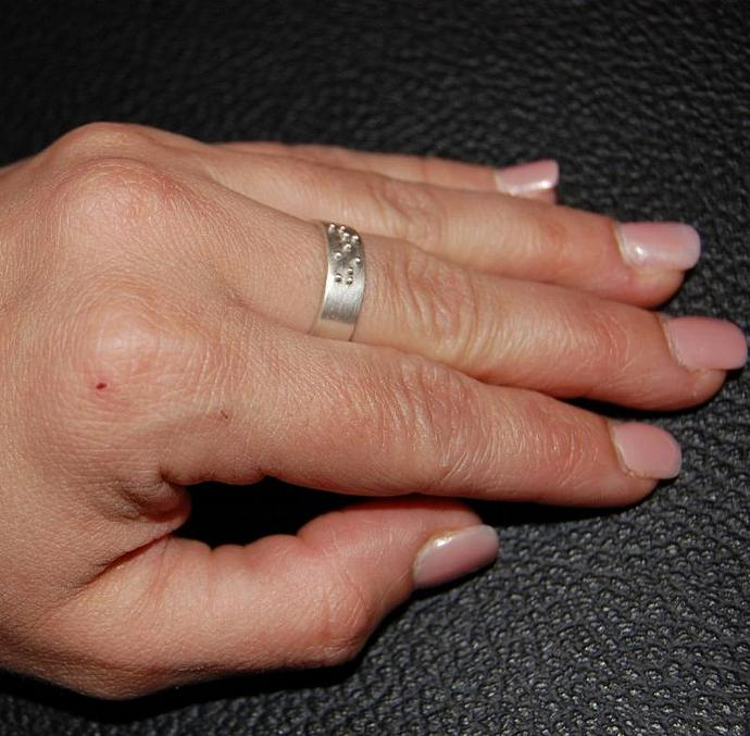 HOT Braille Ring