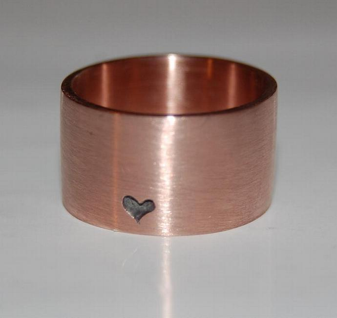 A Little Bit of Heart Rose Gold Ring