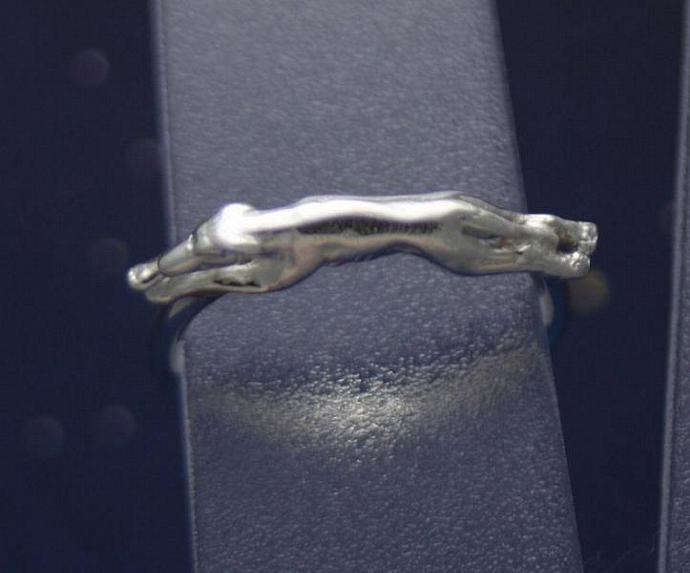 Sterling silver running greyhound ring size 3