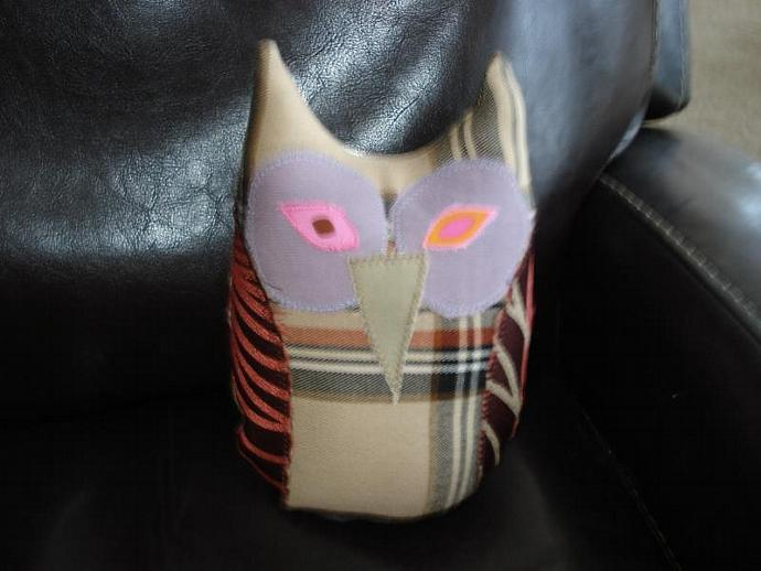 Plaid Owl Pillow, Stuffy, Plush, Toy Decoration