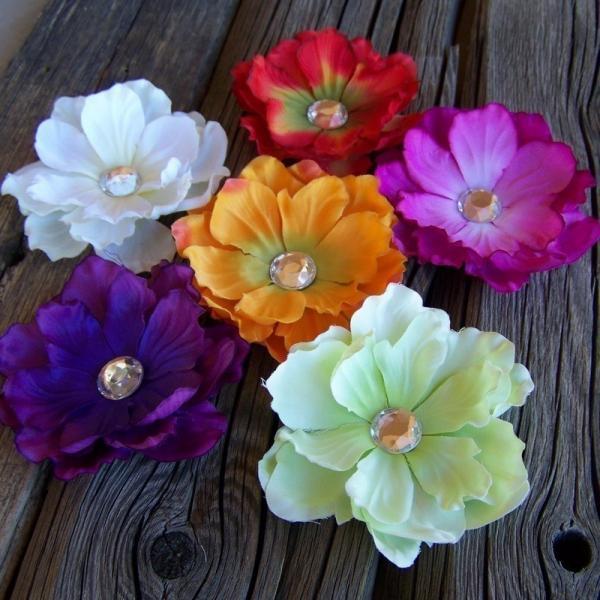 Set of 6 Beautiful Flower Clips - Fuschia, Purple, White, Red, Orange, and Mint